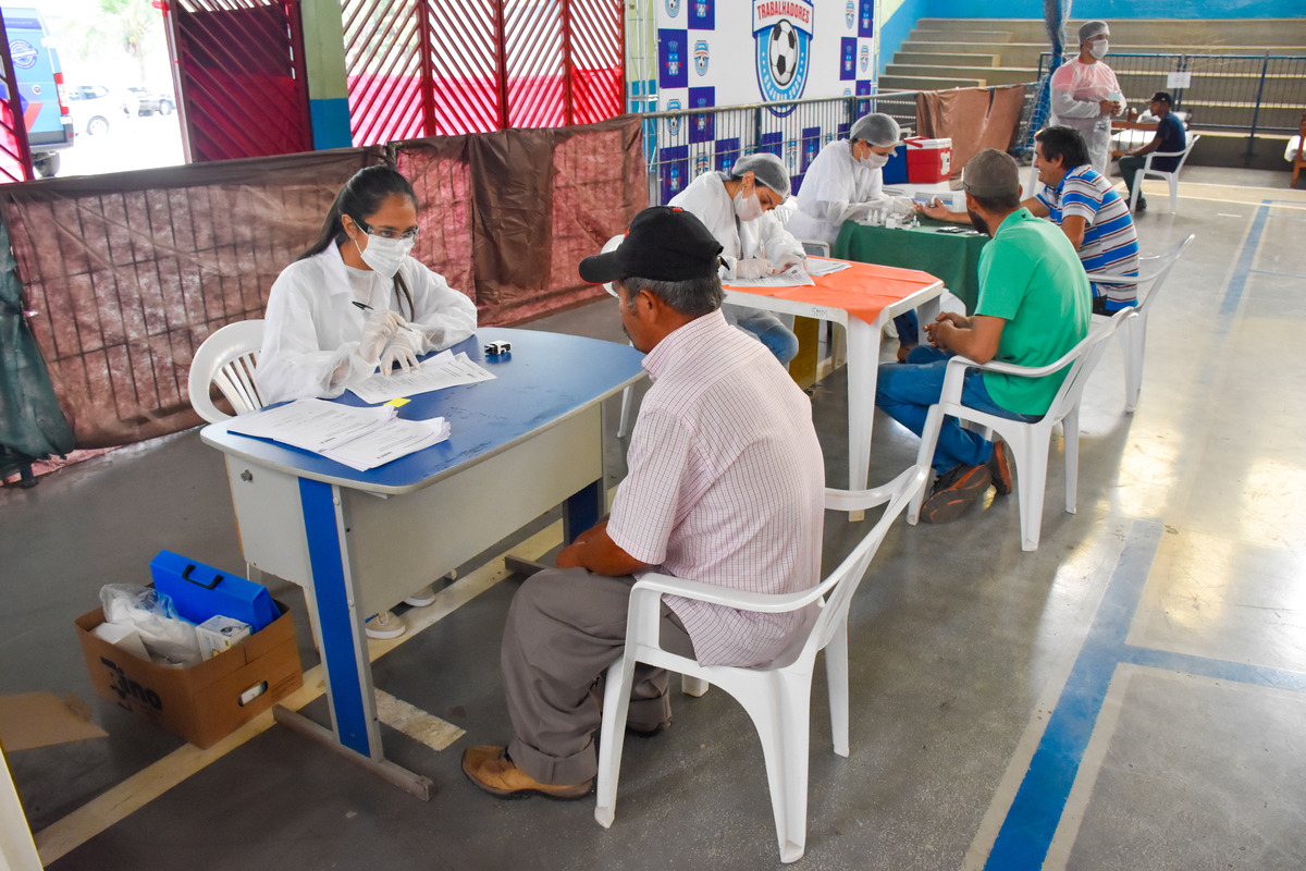 Todas as pessoas acolhidas receberam diversos atendimentos, incluindo testes rápido para diagnosticar o COVID-19, sífilis, HIV e tuberculose, imunizações contra Influenza (H1N1) e consultas com psiquiatra e clínico geral.